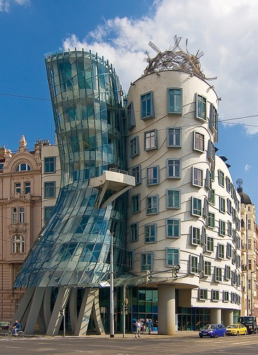 National Nederlanden, Prague, Gehry